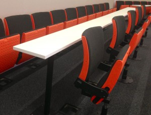 BLG07's swivel seating allows for easy group formation