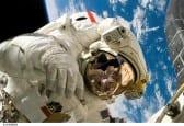 space astronaut travel