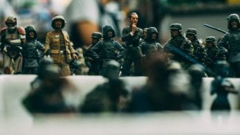 Group of Army figurines.