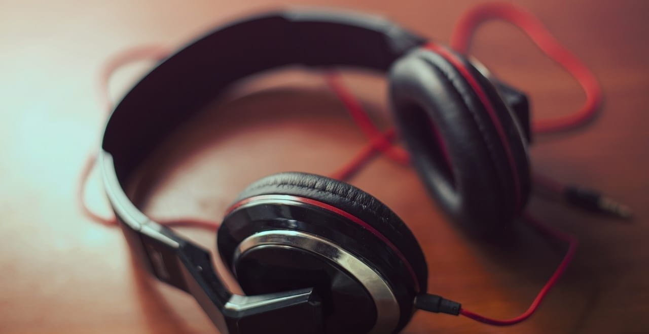 Over the head headphones