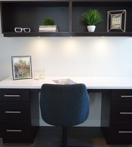 clean desk, plants, photo, chair, sunglasses