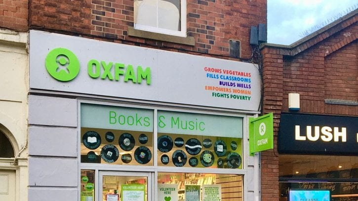 Preview image for the article Working as a volunteer at Oxfam – International student story.