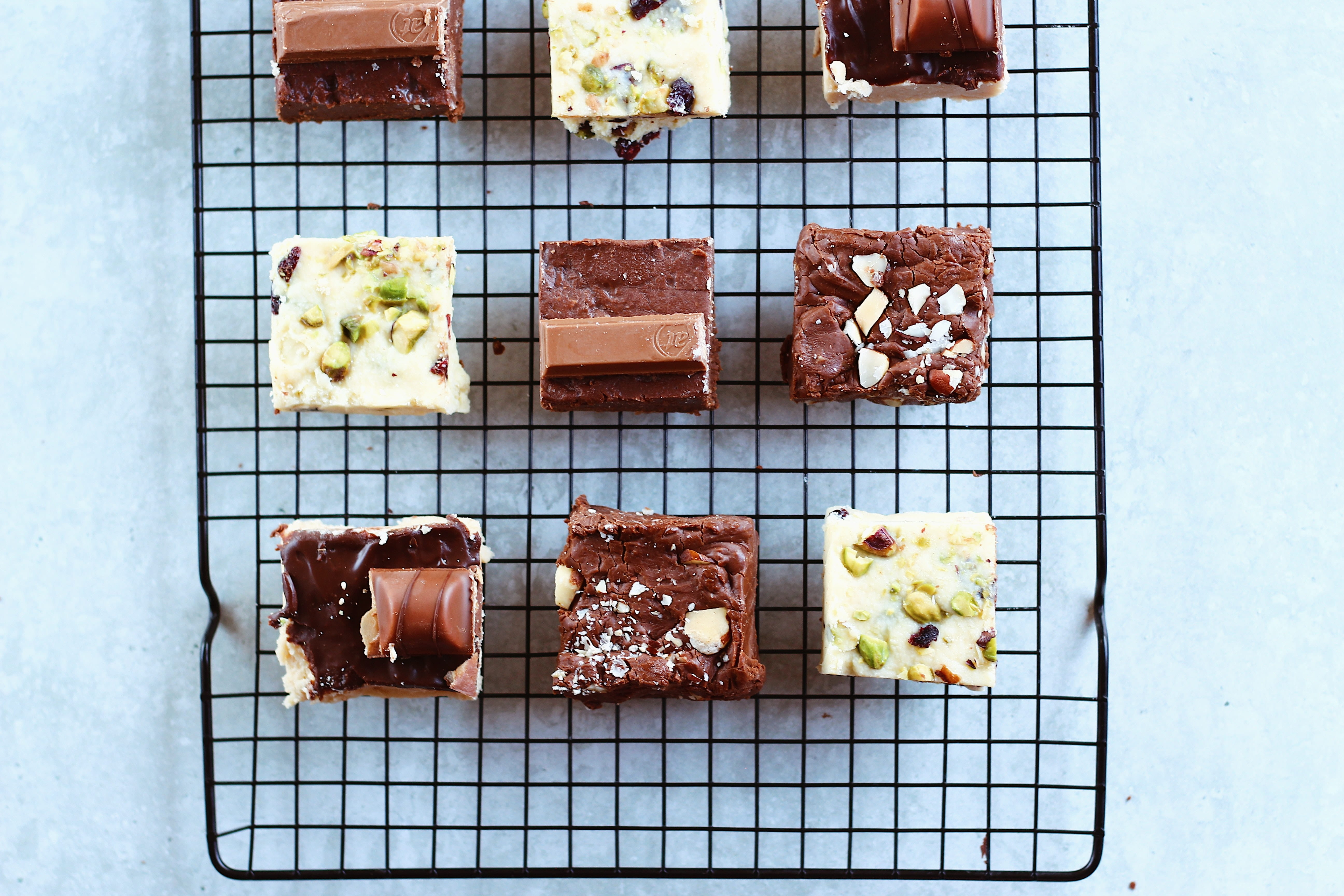 9 cubes of brownies, 3 different flavours
