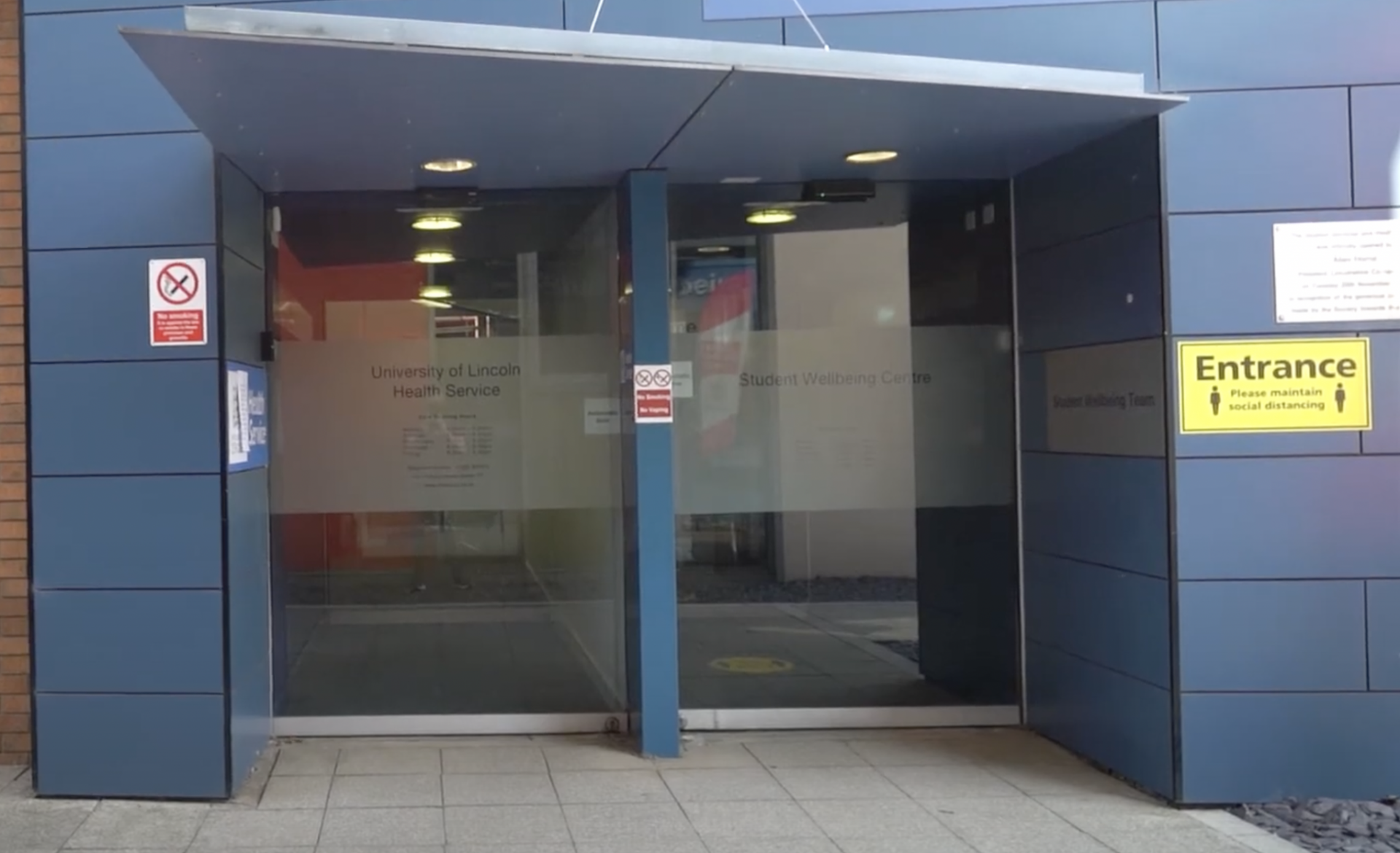 The doors to the Lincoln Health Service