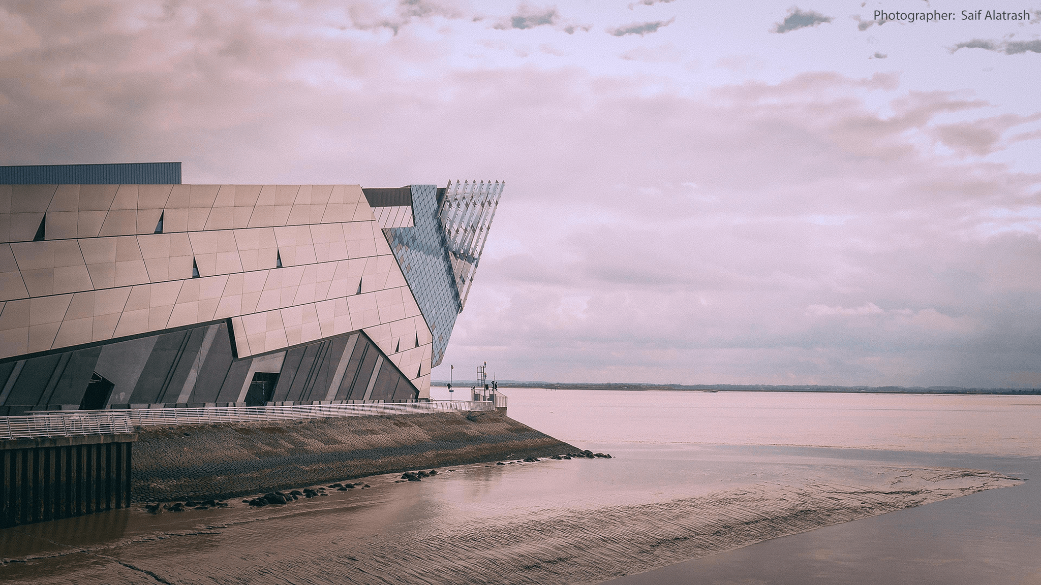 The Deep in Kingston-Upon-Hull, a very distinctive building. This photo was taken by international student Saif Alatrash. The aquarium is home to turtles, penguins, sharks, sting-rays and many more sea creatures.