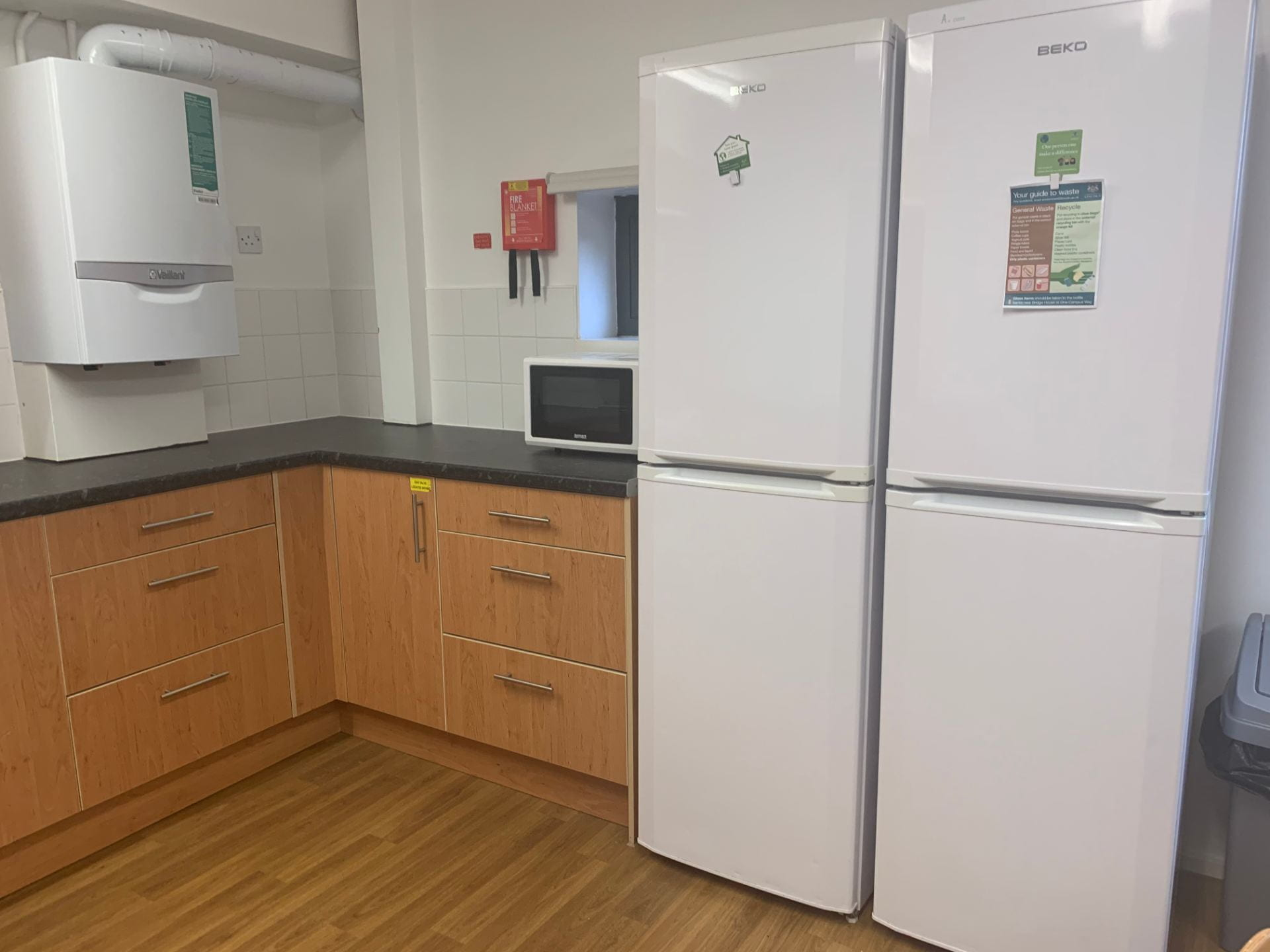 An example of a Lincoln Courts value kitchen