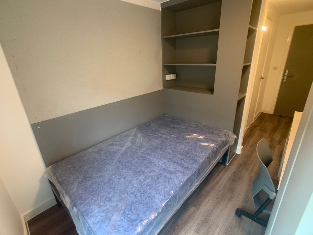 179 High Street Bedroom (new and undressed)