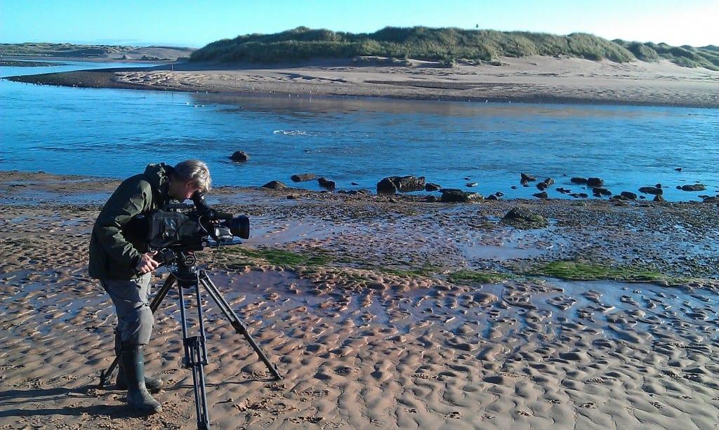 JoAshman-wildlife-Cameraman-John-Aitchison