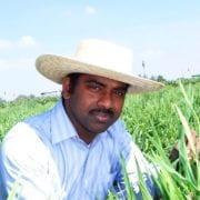 Dr Ravi Valluru portrait avatar.