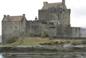 eilean-donan-castle-321399_1280