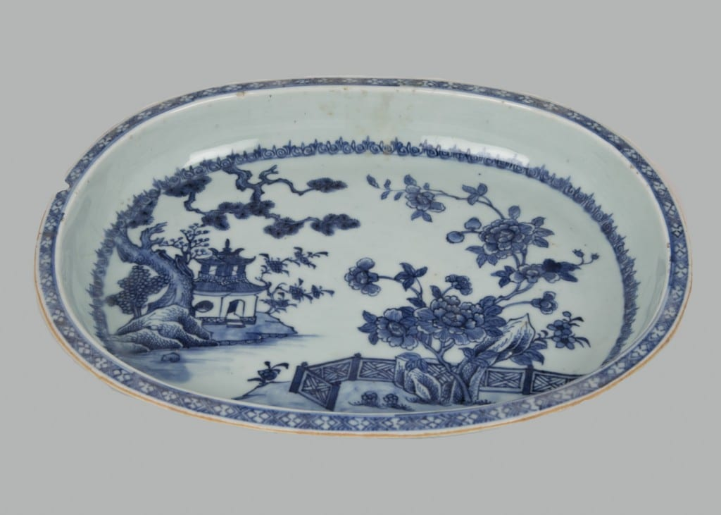 4. Chinese porcelain dish, 1750-70.