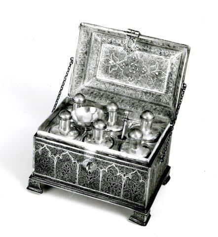 2 - casket open