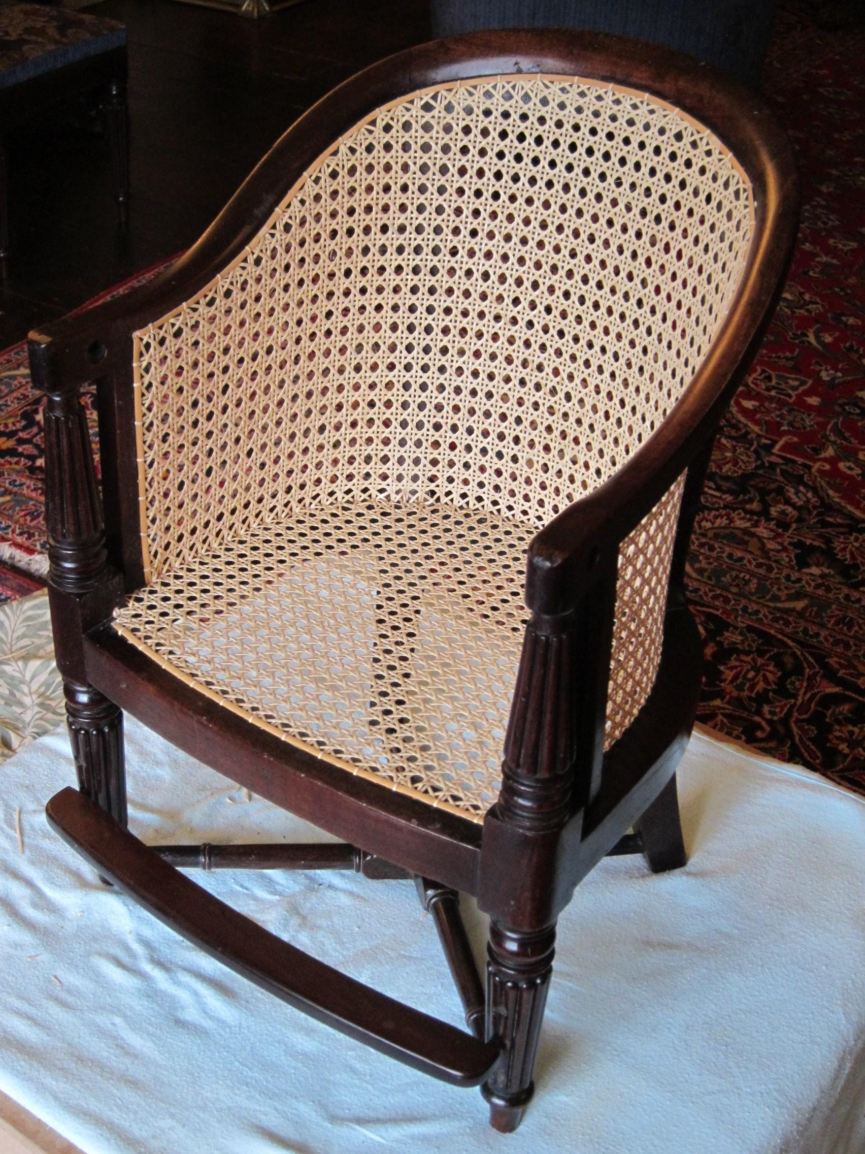 Etonnant Childu0027s Caned Chair Used By John Ruskin, Showing The Typical 6 Way Pattern  On Both The Seat And Back Panels. Chair Re Caned By The Author.