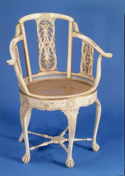 V&A Armchair 1075 1882