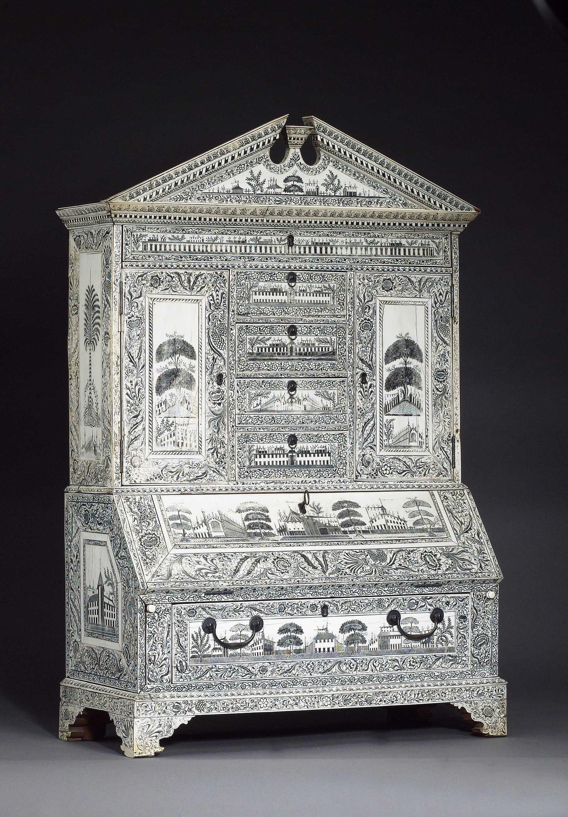 Viz Cabinet-1
