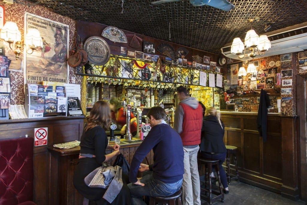 The interior of Bradley's Spanish Bar in 2014 (© Historic England, Chris Redgrave)