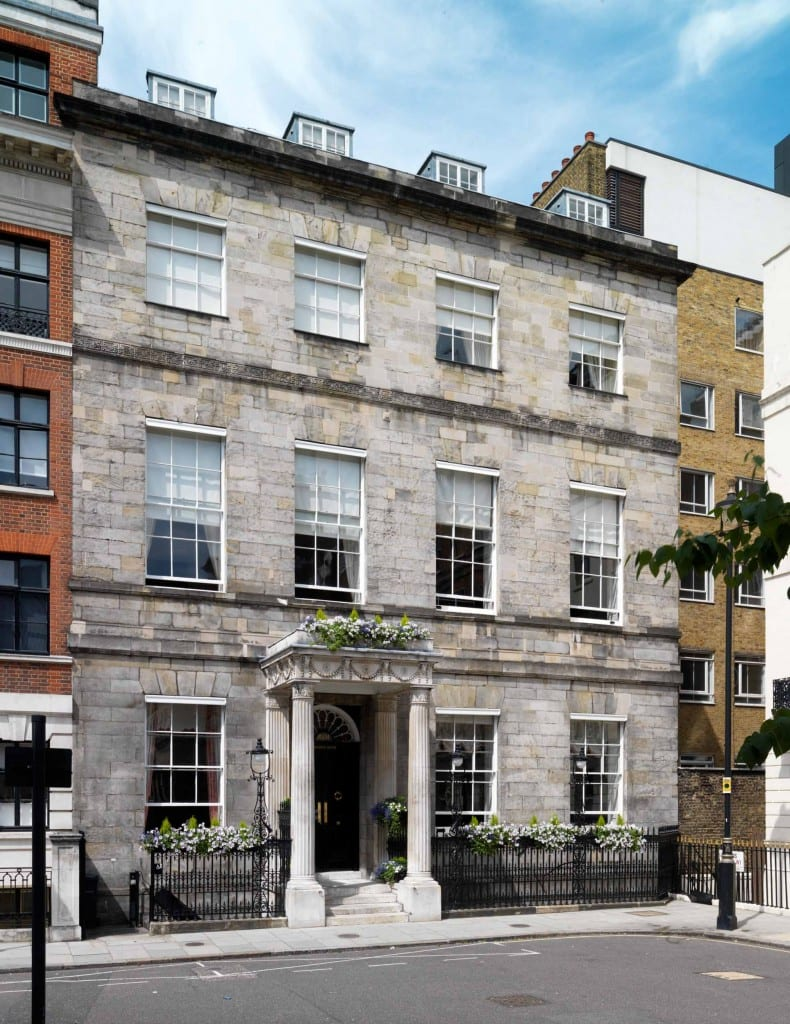 Chandos House, 2 Queen Anne Street (© Historic England, Chris Redgrave)