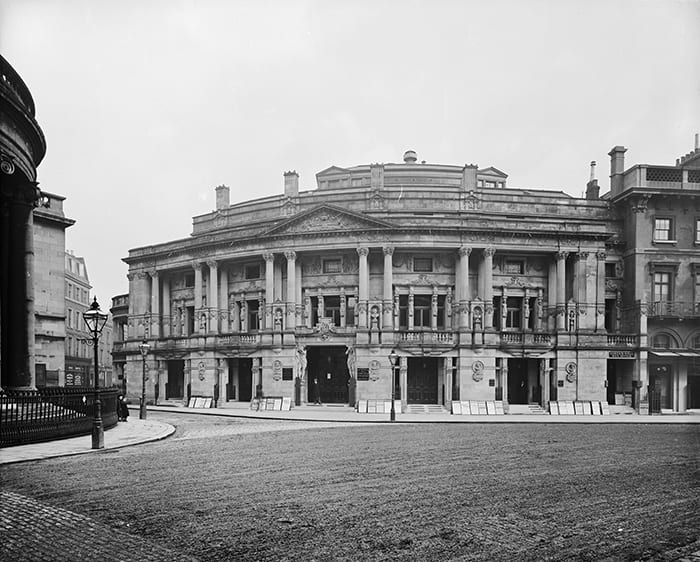 exterior view of queen's hall seen from langham place queen's hall opened in 1893 as a concert hall and was designed by architect t e knightley. it was later destroyed by an incendiary bomb in 1941. queen's hall greater london city of westminster westminster