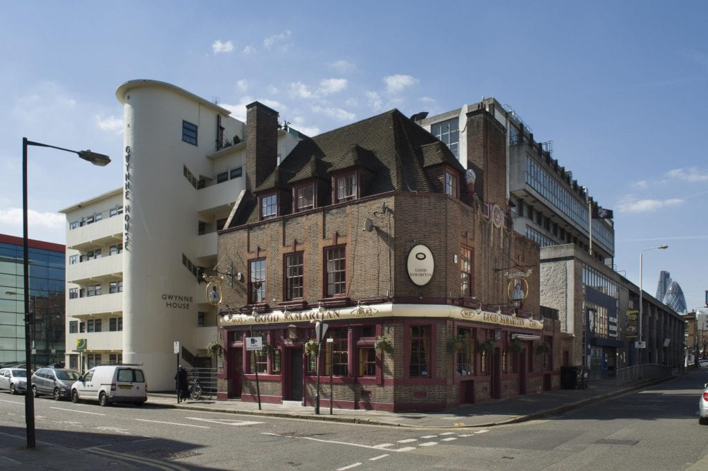 Gwynne House and the Good Samaritan Public House from the north-east in 2016. © Derek Kendall
