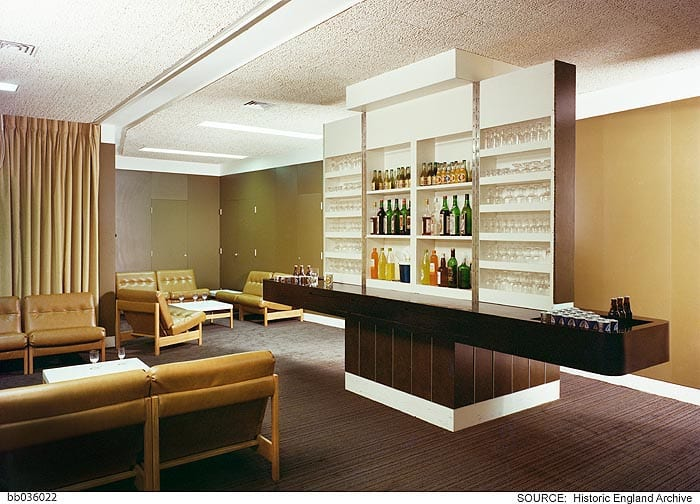 Bar area for directors on the eight floor. Photographed by Millar & Harris c. 1974 © Historic England Archive, bb036022
