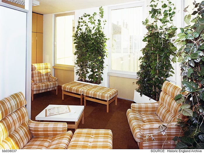Typical communal lounge area on open-plan floors. Photographed by Millar & Harris c. 1974 © Historic England Archive, bb036037