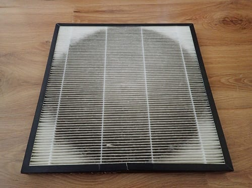 The state of my indoor Smart Air Filter (http://smartairfilters.com/en) after about a month of usage between January and February 2016. This was in the south of the city, away from the worst of the air pollution.