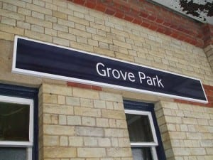 Grove Park Station Sign