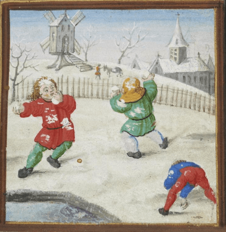 Three-way medieval snowball fight