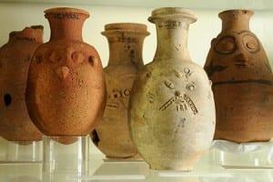 Grumpy pots in the Petrie