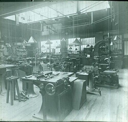 Slide EE1605, Sir D. Salomons Electrical Workshop