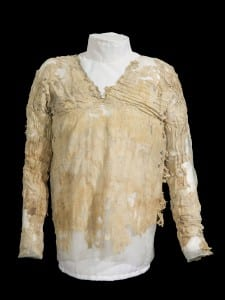 The Tarkhan dress, showing that the V-neck has been in vogue since at least 3000 BC.