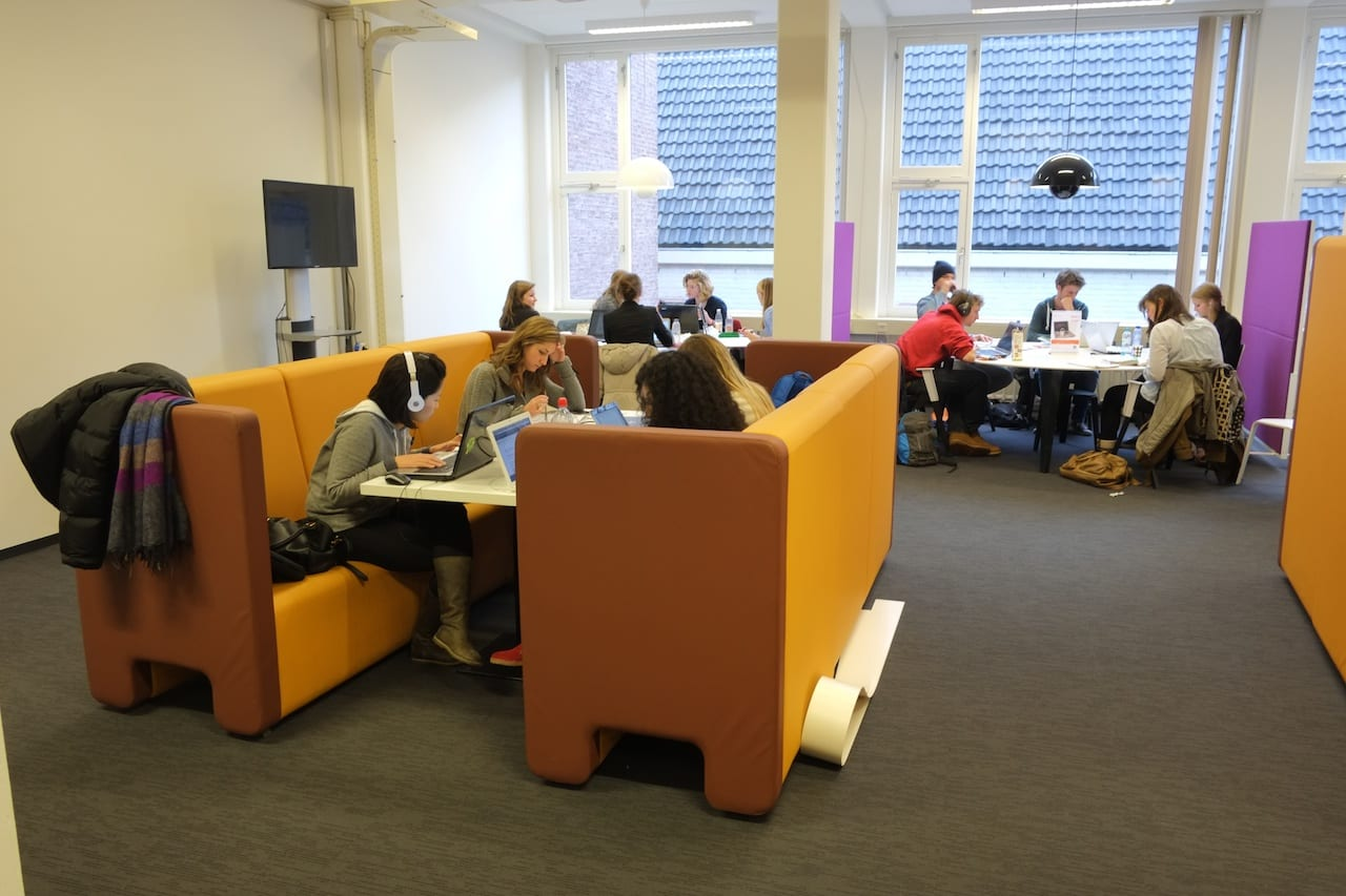 Amsterdam university library learning spaces visit 28th for Learn interior design