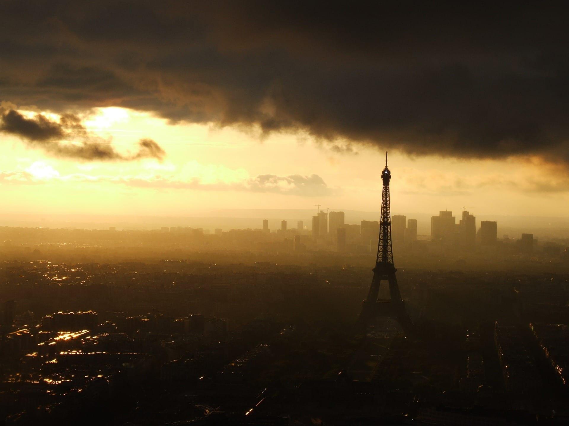 paris-444933_1920