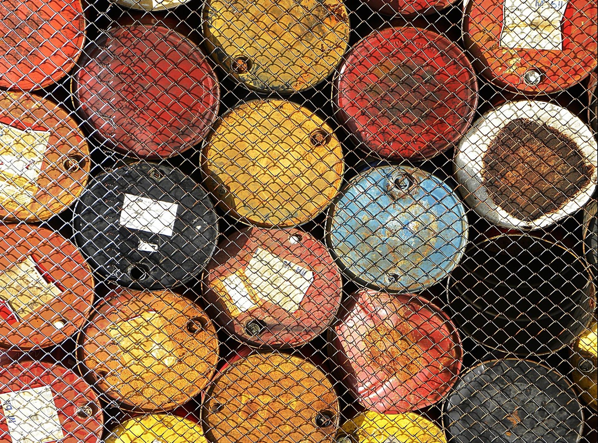 oil-802209_1920