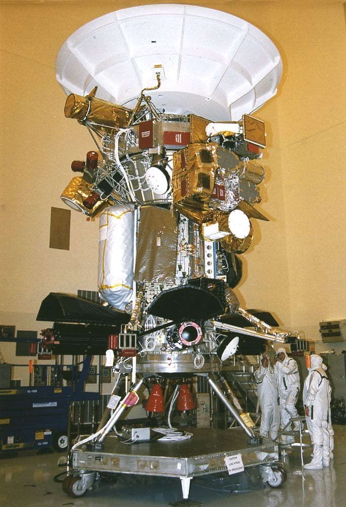 cassini spacecraft with instruments - photo #6