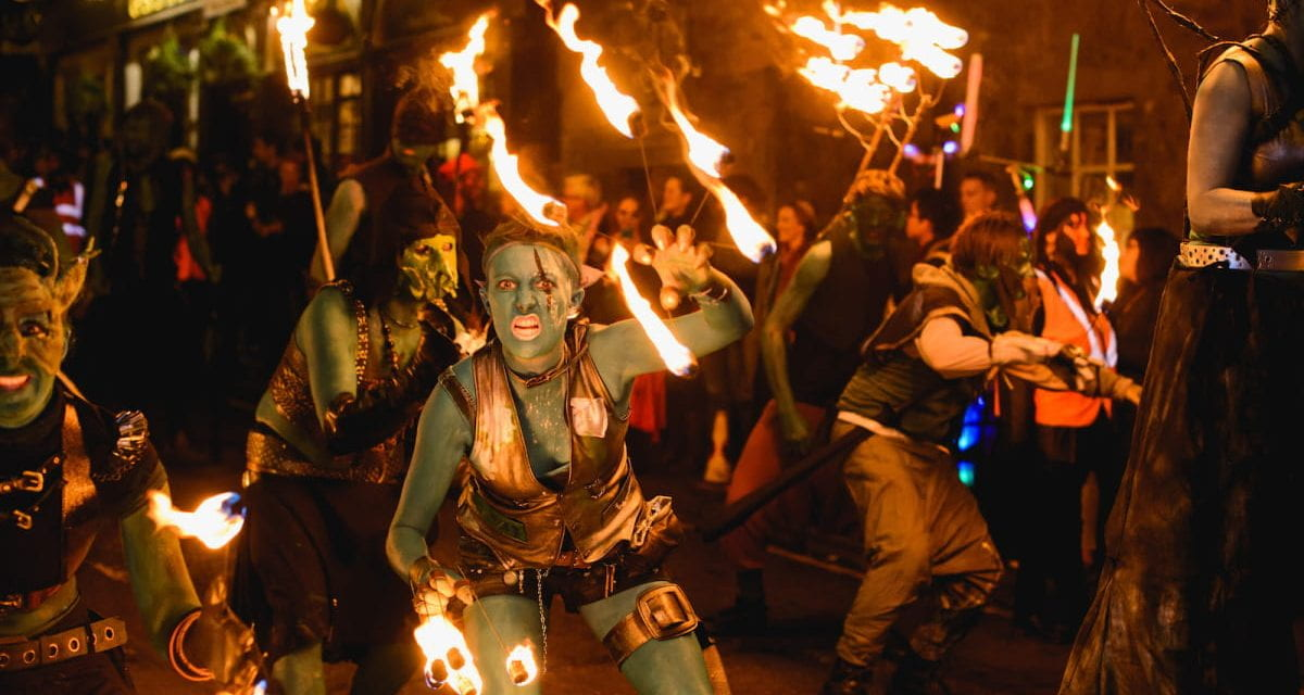Experience the Samhuinn Fire Festival as if you were there!
