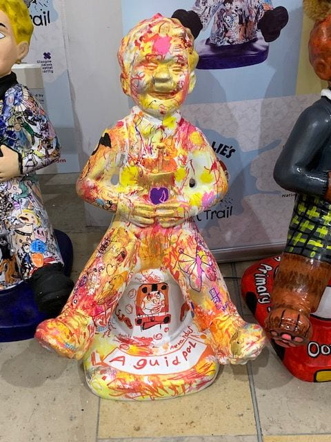 Saltersgate School Decorate an Oor Wullie Sculpture