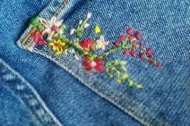 jeans embroidered with flowers