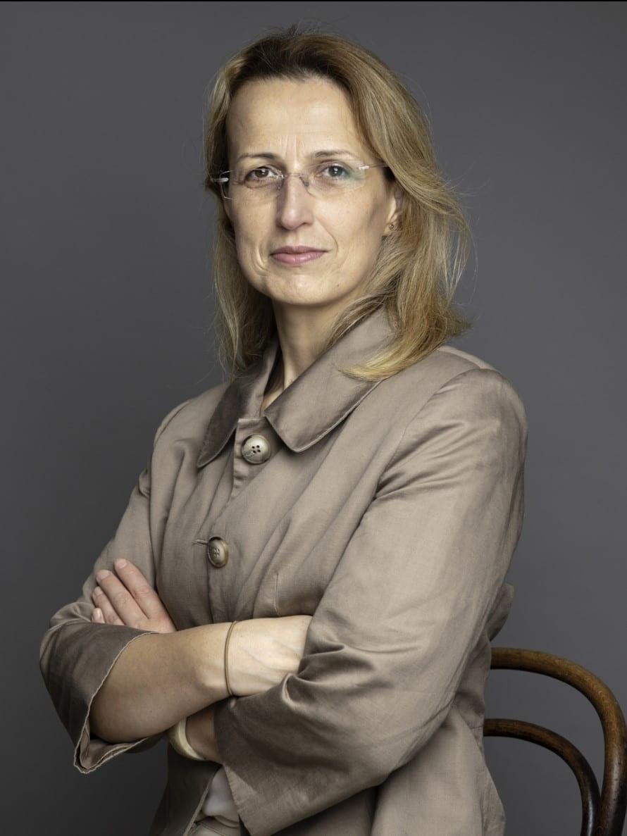 Dr. Deniz Meric