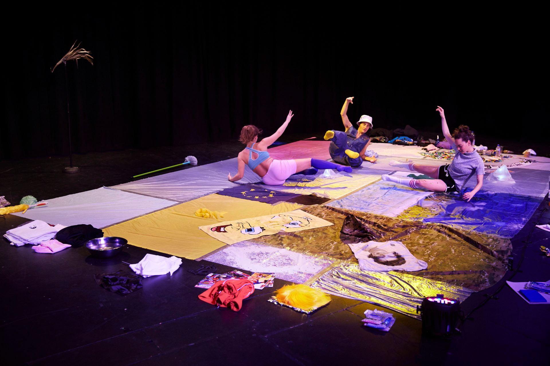 Help me write theater studies blog post resume de livre de la jungle
