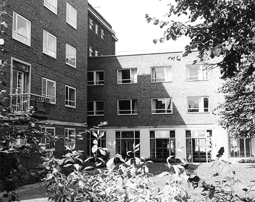 Old photo of Surrey House, date uncertain but may be 1970s