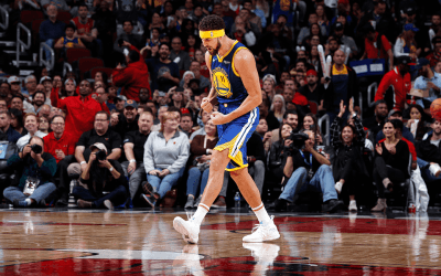 Klay Thompson breaks NBA Three-point record, as Warriors annihilate Chicago Bulls