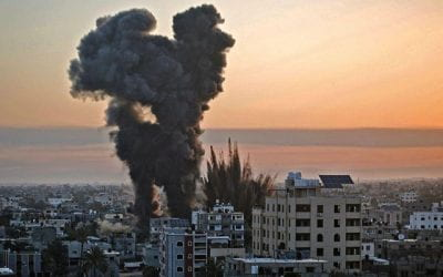 UN fears of ground invasion rise, amid Israel and Palestine airstrikes.