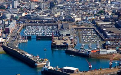 French fishermen protest at Jersey's main port amidst post-Brexit dispute