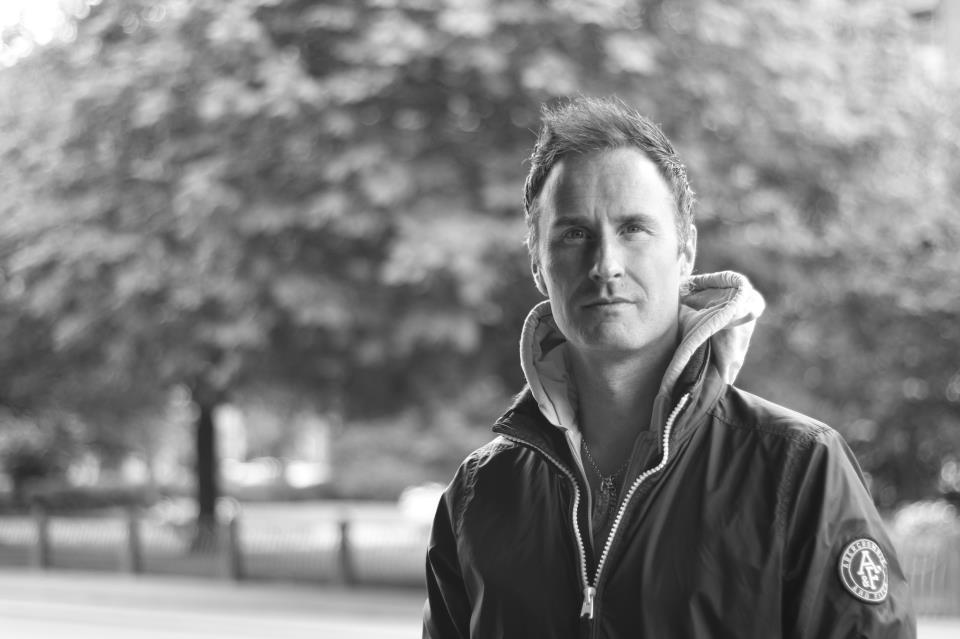 Michael Tyllesen, tidligere topløber og nuværende cheftræner i Tårnby Skøjteklub, mener, at træningsforholdene i Danmark ikke er optimale (Foto: Facebook).