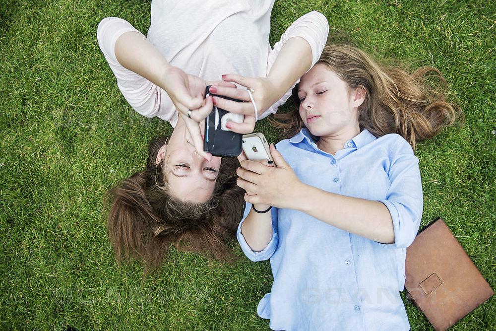 Mobiloplader udnytter solens energi. (Foto: Scanpix)