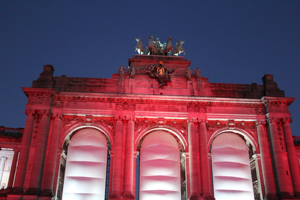 """Unity of Light""–light show at Cinquantenaire Square"