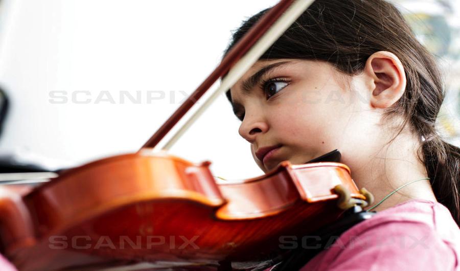 Janne Thomsen så livsglæden i en tiårig violinist, der skal spille til Klassiske Dage. Det er det vigtigste udbytte ved de interaktive børneprojekter. Foto: Scanpix