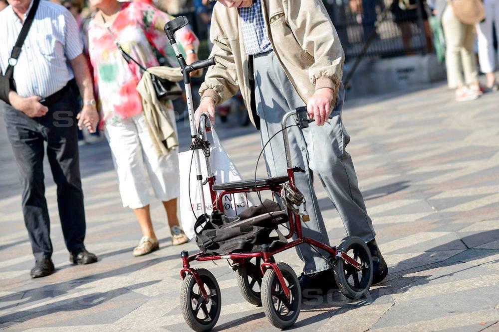 Genoptræning, holdtræning og hjælp ved tabte funktioner. Det er noget af det, Holstebro tilbyder til deres ældre. FOTO: Arkivfoto // Scanpix.