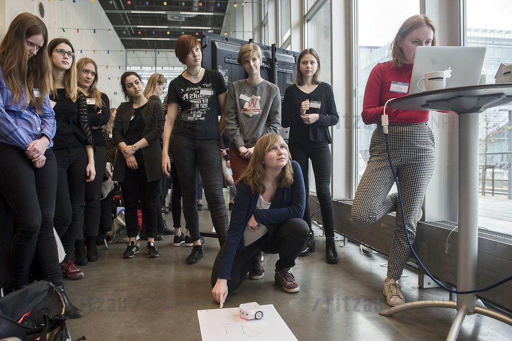 IT-branchen skriger efter arbejdskraft: Især kvinder